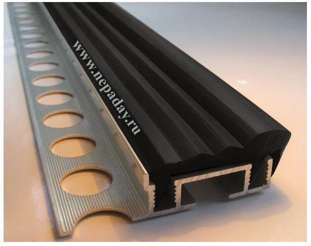 Алюминиевый Угол под кафель 2,4м (SafeStep)